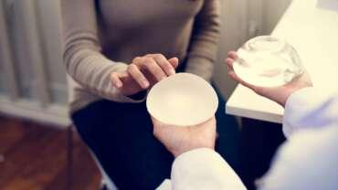 TÜV-Urteil: Brustimplantate